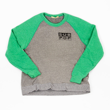 Sweatshirtsmalllogopullovergreywithgreensleeves 01
