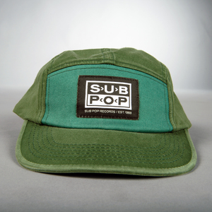 Hat colorblock green logo front
